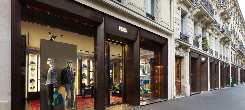 89645a0627e Shopping - Le luxe gagne le Marais