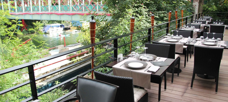 restaurant tendance la passerelle paris capitale. Black Bedroom Furniture Sets. Home Design Ideas