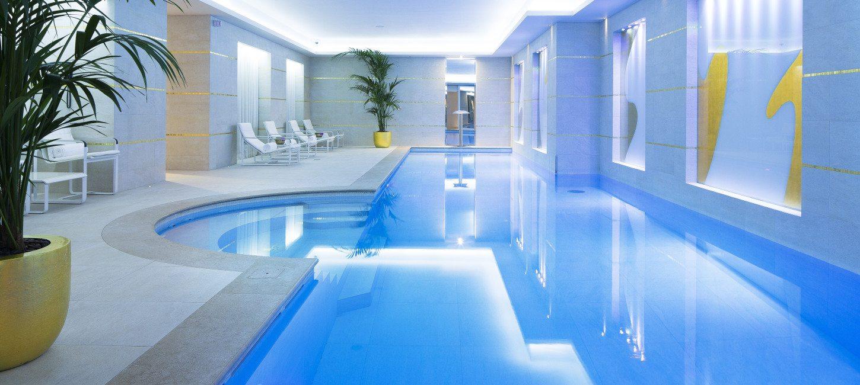 Luxury hotels le burgundy paris paris capitale for Hotel design bourgogne