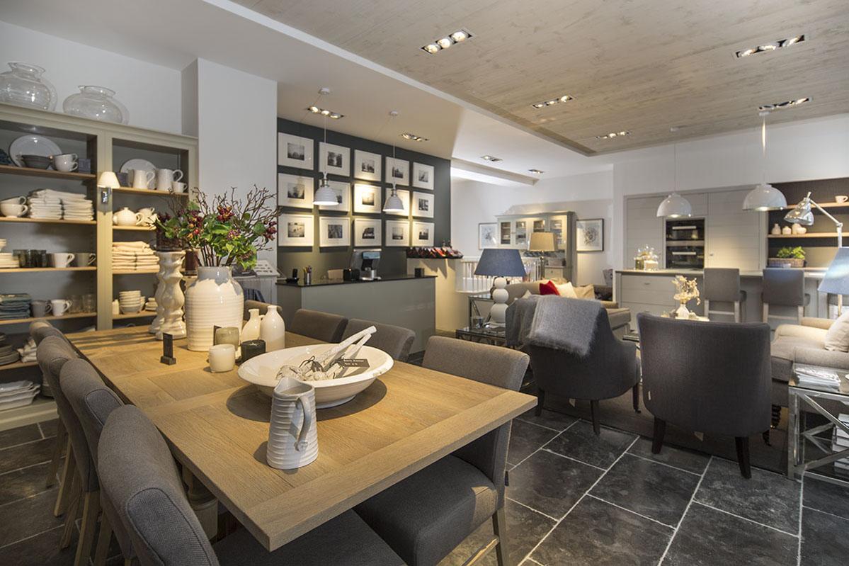 d coration neptune la d co des anglais paris capitale. Black Bedroom Furniture Sets. Home Design Ideas