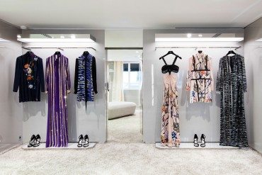 Azzaro reopens its Salon Couture