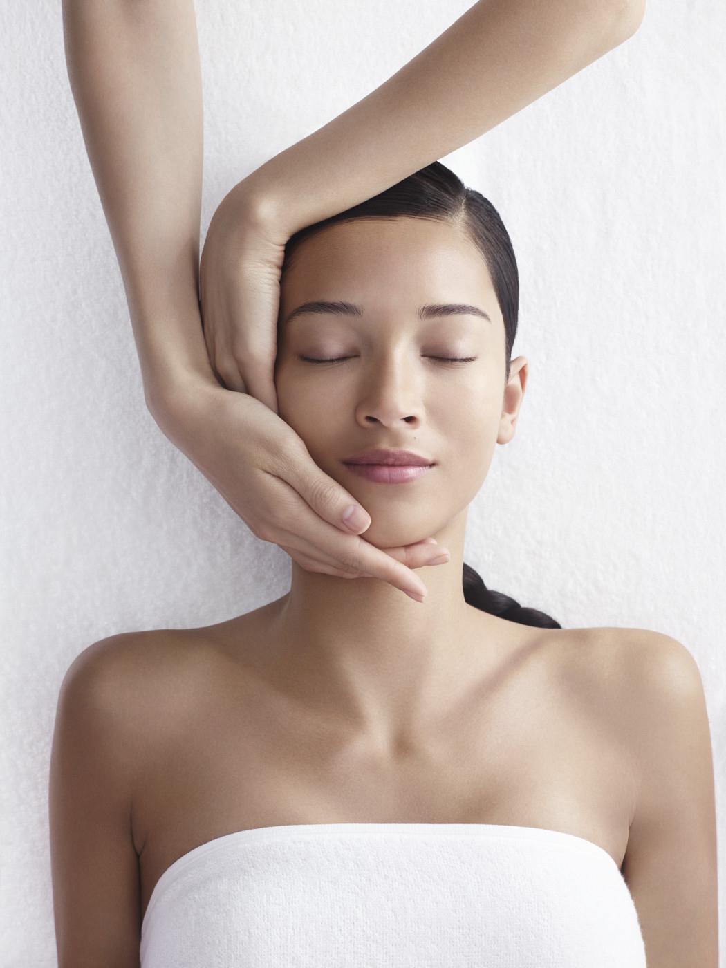 tendance-bien-etre-massage-clarins-royal-monceau-paris
