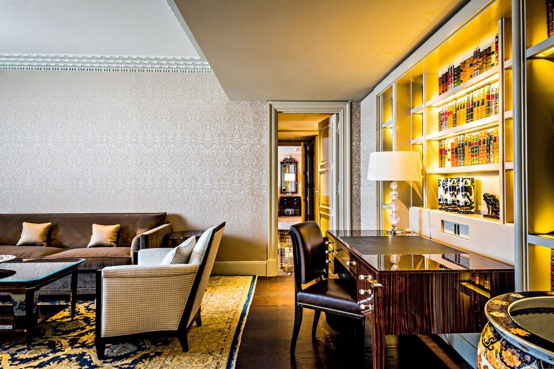 Le Prince De Galles Hotel Paris