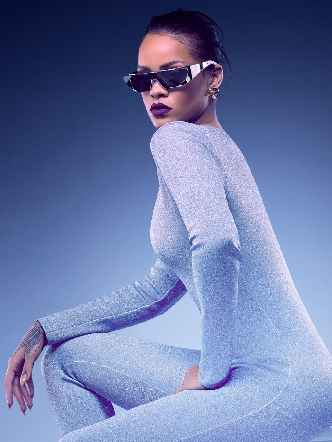 rihanna-collaboration-dior-sunglasses-lunettes-paris-capitale-magazine