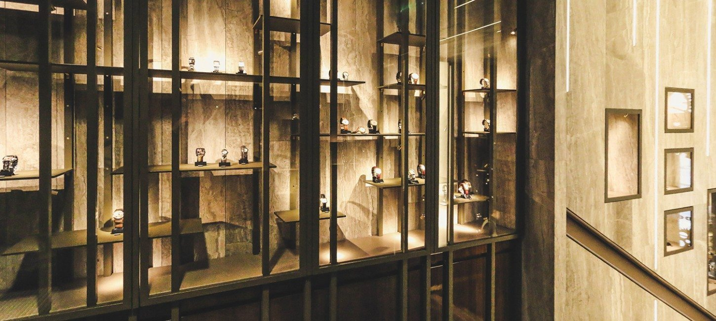 montres de collection rue bonaparte. Black Bedroom Furniture Sets. Home Design Ideas
