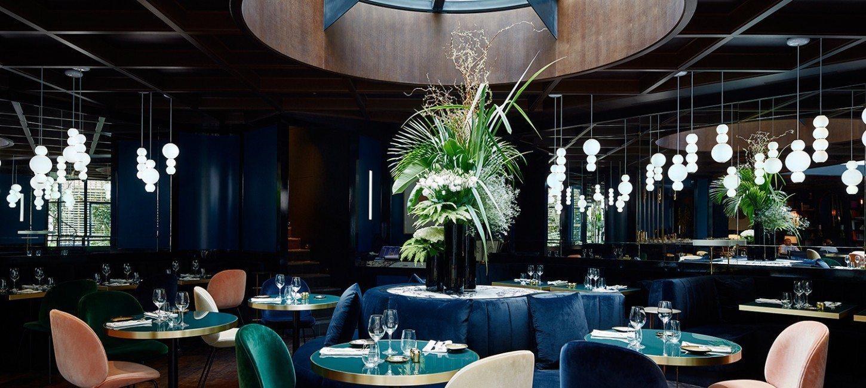 trendy restaurant le roch paris capitale. Black Bedroom Furniture Sets. Home Design Ideas