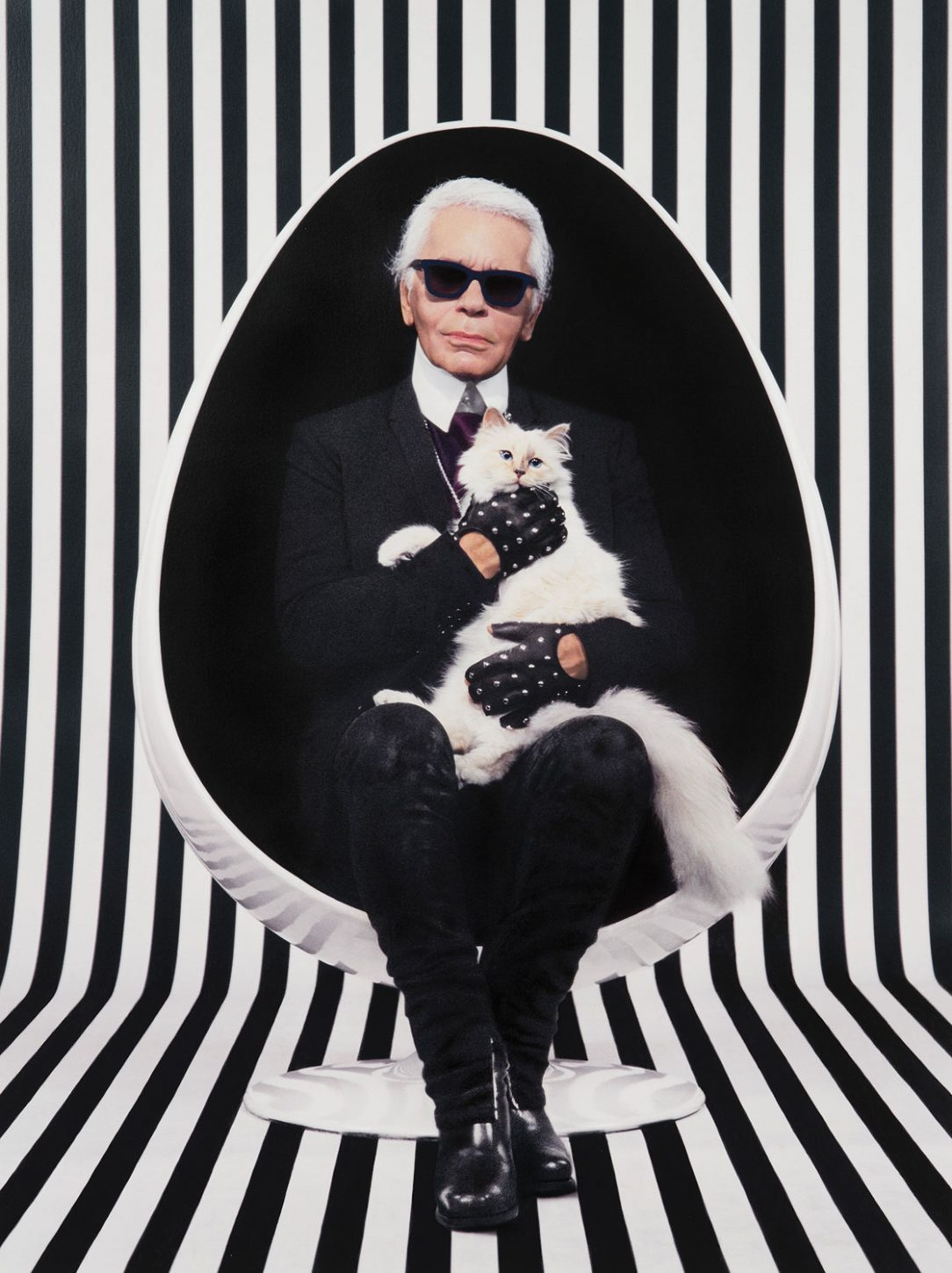 interview-exclusive-pierre-gilles-photographe-retro-kitsch-rien-que-pour-vos-yeux-karl-lagerfeld-choupette-paris-capitale