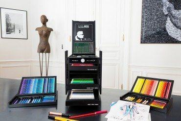 Karl Lagerfeld se met à la couleur
