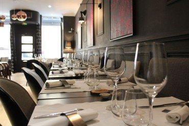 24 – Le Restaurant,