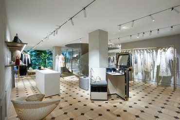 Un pop-up store Dior sur l'avenue Montaigne