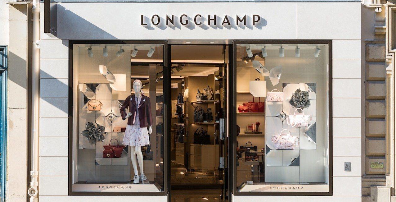 shopping address lonchamp paris capitale. Black Bedroom Furniture Sets. Home Design Ideas