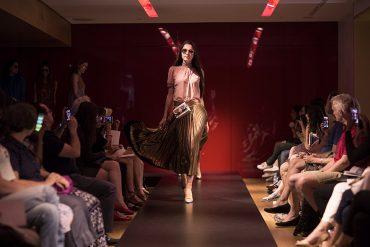 Défilé de mode et élégance à la française