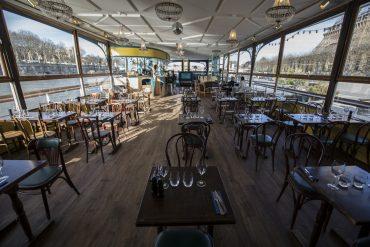 Le Bal de la Marine, restaurant péniche aux pieds de la tour Eiffel