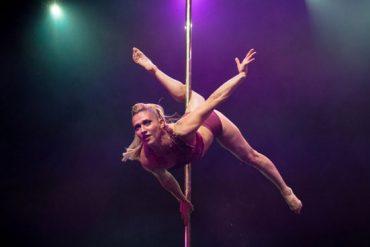 La Cigale reçoit le dixième championnat de pole dance