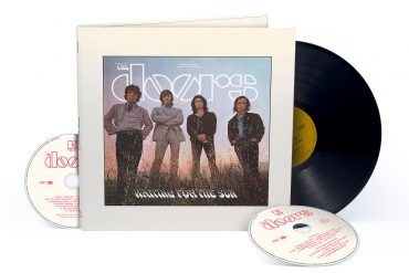 "Une réédition du 3e album de The Doors ""Waiting For The Sun"""
