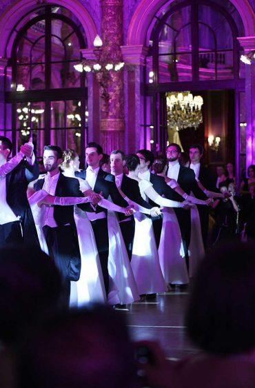Le Bal des Parisiennes,