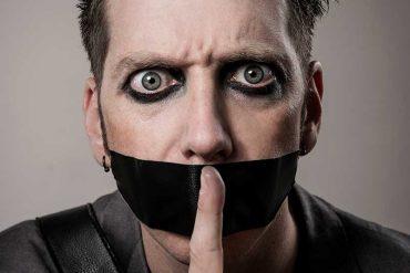 Tape Face, spectacle silencieux pour mettre de bonne humeur
